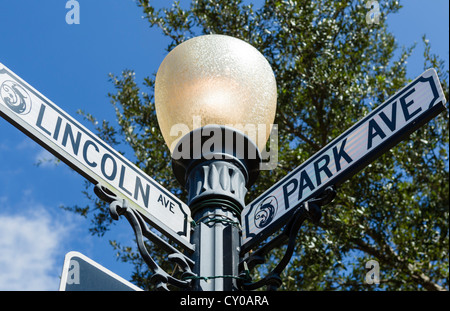 Plaque de rue sur Park Avenue (la rue principale), Winter Park, Central Florida, USA Banque D'Images