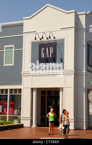 Maine Freeport Route 1 Rue Principale Magasin de vêtements Gap Factory Outlet chaussures fashion shopping entrée Banque D'Images