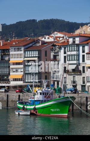 Espagne, Pays basque Région, province de Vizcaya, Lekeitio, le port Banque D'Images