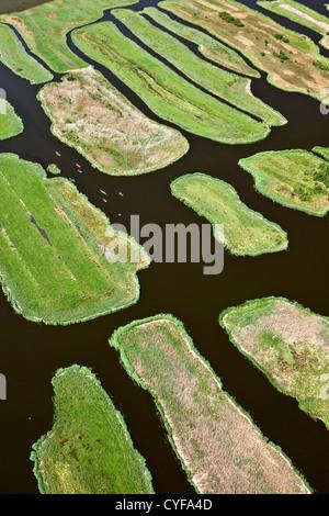 Les Pays-Bas, Jisp, aérienne, paysage de polders. Les canots. Banque D'Images