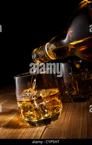 Whiskey on the rocks. Banque D'Images