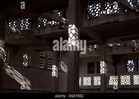 En MOUCHARABIEH architecture arabe traditionnelle ancienne friche urbaine LES ABATTOIRS DE CASABLANCA HÉRITAGE EN BÉTON ARMÉ