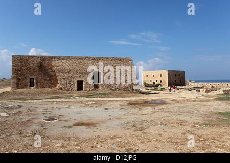 Les bâtiments historiques à la Fortezza à Rethymno, Crète, Grèce. Banque D'Images