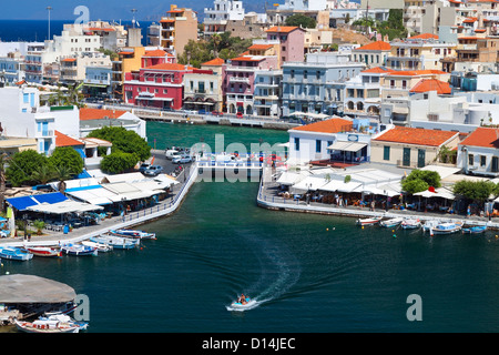 Agios Nikolaos ville de la municipalité à l'île de Crète Lassithi en Grèce Banque D'Images