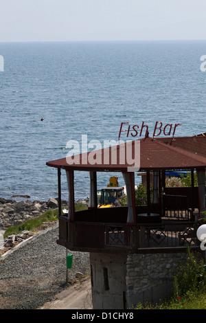 Le restaurant de la plage de Nessebar en Bulgarie
