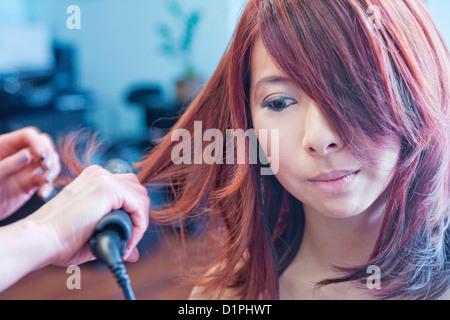 Femme chinoise dans un salon de beauté Banque D'Images