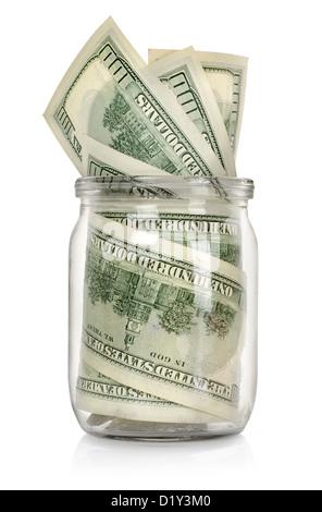 L'argent dans le pot isolé sur fond blanc