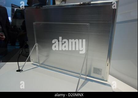 Las Vegas, États-Unis - 2013-01-08. Arrière de 20' de Panasonic tablet 4k sur une plate-forme de rotation, à l'intérieur Banque D'Images