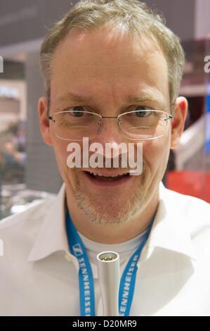 Las Vegas, États-Unis - 2013-01-08. Axel Grell, concepteur et ingénieur en chef pour Sennheiser, est titulaire d'un Banque D'Images