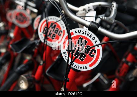 Location de vélos à Amsterdam Banque D'Images