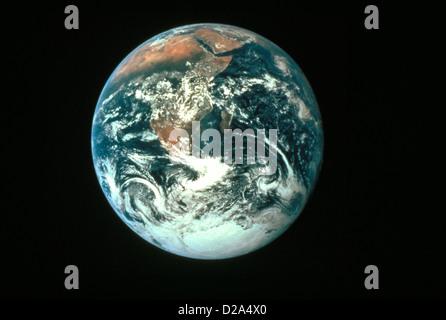 La planète Terre vue de l'espace; l'Afrique et l'Antarctique Visible Banque D'Images