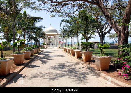 Ville historique de Stone Town et le port sur l'île de Zanzibar, l'Afrique dans l'Océan Indien Banque D'Images