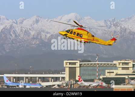 Sans titre, Agusta-Westland AW-139 Helicopter Banque D'Images