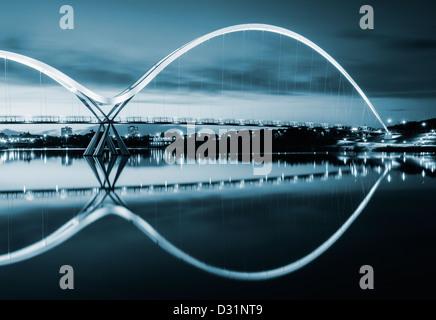 Pont de l'infini, Stockton on Tees, Cleveland, England, UK