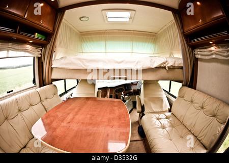 En alcôve au-dessus de la cabine de luxe Concorde camping intérieur Banque D'Images