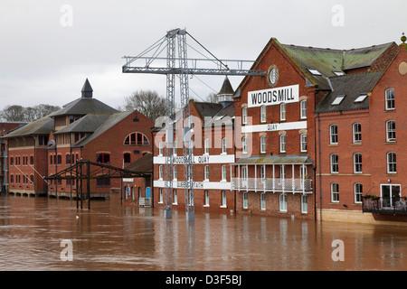 Rivière Ouse dans inondation dans le centre de York, Nov 2012 Banque D'Images