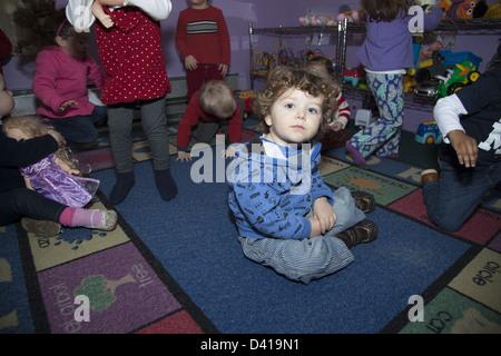 Smart Kids sont nous, une école maternelle et multiculturelle early learning centre à Brooklyn, New York.
