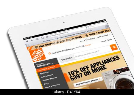 Site web de vente en ligne de Home Depot, vue sur un iPad 4, USA Banque D'Images