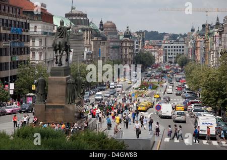 La place Venceslas et la statue de saint Venceslas, Prague, République Tchèque Banque D'Images
