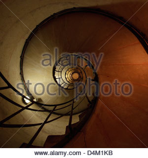 Low angle view of spiral staircase Banque D'Images