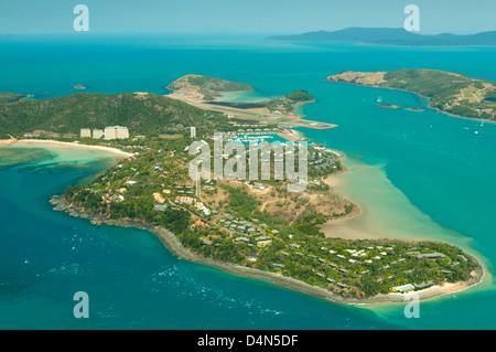 Vue aérienne de Hamilton Island, Whitsundays, Queensland, Australie Banque D'Images