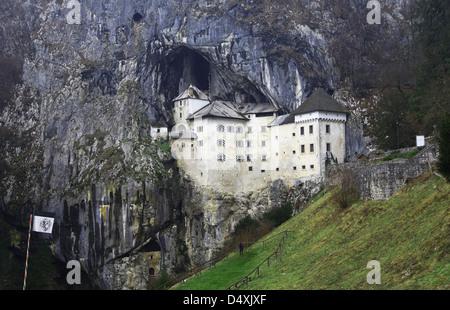 L'extérieur du château de Predjama Slovénie Banque D'Images