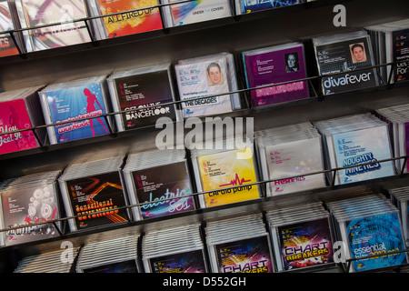 CD de musique de danse d'exercice, de l'aérobic, de divertissement, et à la vente du DVD aérobic Fitness International Banque D'Images