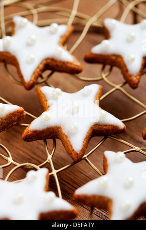 Baking christmas cookies, selective focus Banque D'Images