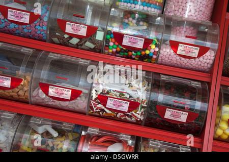 ' Sweet Dreams' Shop présentoir de comptoir, de conteneurs, de patates, de l'alimentation, boutique, magasin de Banque D'Images