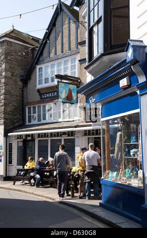 La pub en ligne à Cornwall Fowey England UK Banque D'Images