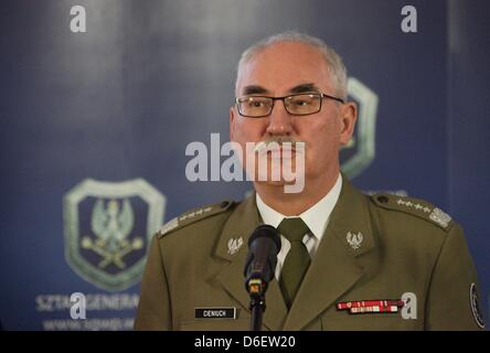 17ème, avril 2013 V4 et l'Ukraine de Visegrad Gropu réunion des chefs d'état-major à Sopot , Pologne polonais Chef Banque D'Images