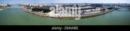 Séville, Espagne, vue sur la Tour de Schindler Séville Guadalquivir Banque D'Images