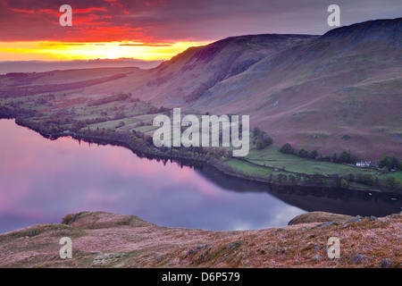 Ullswater dans le Parc National du Lake District, Cumbria, Angleterre, Royaume-Uni, Europe Banque D'Images