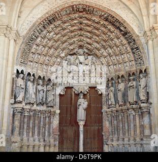 Espagne.Toro. Eglise de Saint Mary le Grand. Entrée sud. La majesté Portico. De style gothique. Banque D'Images