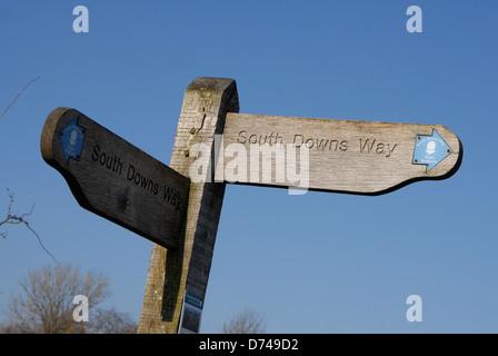 South Downs Way panneau. Hampshire, Angleterre Banque D'Images
