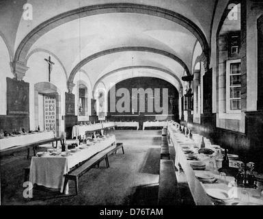 Une des premières photographies d'Autotype le réfectoire du monastère de Loyola en Espagne, vers 1880 Banque D'Images