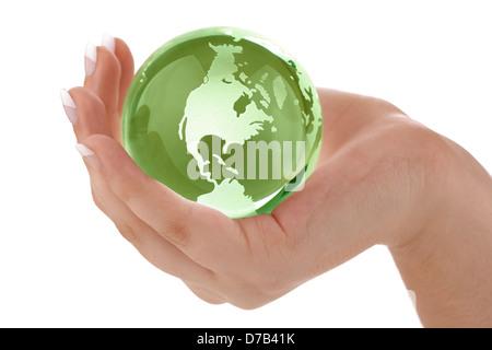 Main de femme dans Green Globe