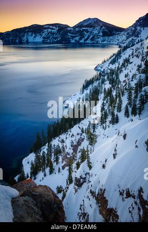 Crater Lake National Park, situé dans le sud de l'Oregon, au cours de l'hiver