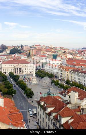 Lisbonne, Portugal. Vue aérienne de la place Rossio et la Praça de Dom Pedro IV. Banque D'Images