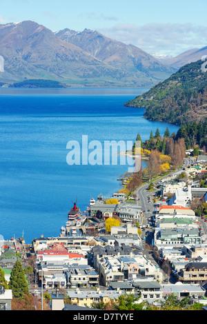 Queenstown et le lac Wakatipu, Queenstown, Otago, île du Sud, Nouvelle-Zélande