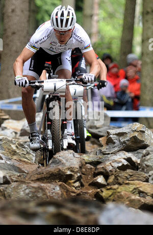 Prix: à Nove Mesto, en République tchèque, le 26 mai 2013. Nino Schurter (SUI) , Coupe du monde, vtt, cross country, Banque D'Images
