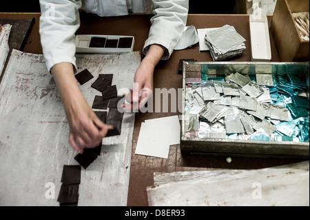 Berlin, Allemagne, les employés d'Erich Hamann fabrique de chocolat dans la production Banque D'Images