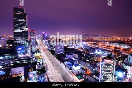 Séoul, Corée du Sud à l'horizon du quartier de Gangnam. Banque D'Images