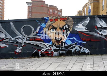 Graffiti dans Brighton dépeignant comme Margaret Thatcher le terminateur Banque D'Images