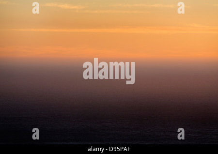 Coucher de soleil sur l'océan Pacifique en Californie, USA Banque D'Images