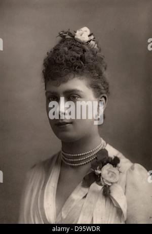 La princesse Mary (mai) de Teck (1867-1953) au moment de sa fiançailles à Prince George de galles qui, comme George Banque D'Images
