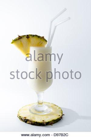 Pina Colada. Délicieux cocktail de renommée internationale Banque D'Images