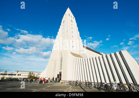 L'église Hallgrimskirkja, Reykjavik, Islande, régions polaires Banque D'Images