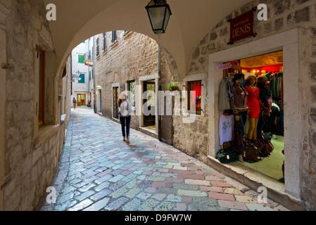 Vieille ville (Stari Grad), Kotor, baie de Kotor, site classé au Patrimoine Mondial de l'UNESCO, le Monténégro Banque D'Images