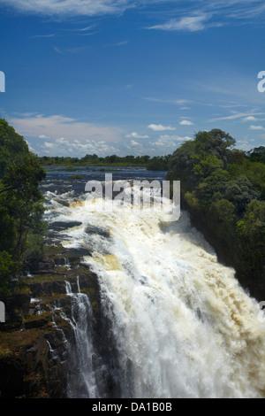 """Devil's Cataract, Victoria Falls ou 'Mosi-oa-Tunya"""" (La fumée qui tonne), Zimbabwe, Afrique du Sud Banque D'Images"""